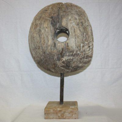 houten wiel op standaard