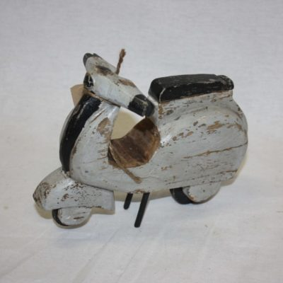 Gave houten scooter Piaggio online bestellen