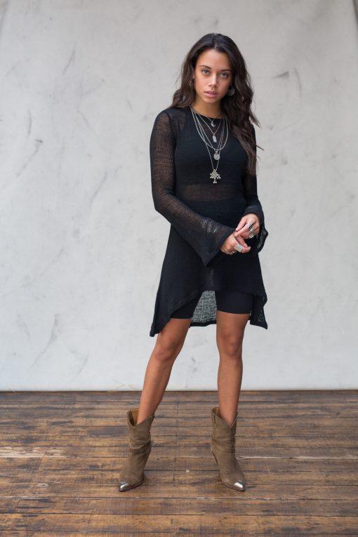 Zomerse open gebreide jurk zwart