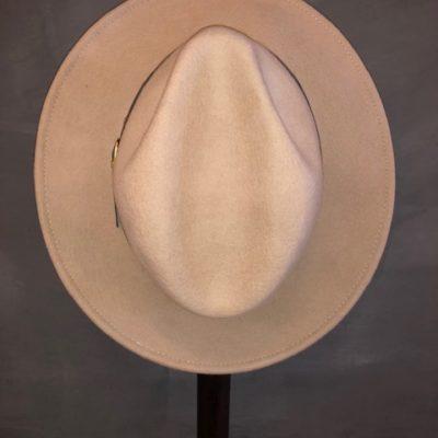 Hat Chique powder